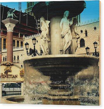 The Venetian Fountain In Las Vegas Wood Print by Susanne Van Hulst