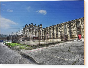 The West Virginia State Penitentiary Courtyard Outside Wood Print by Dan Friend