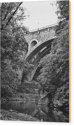 The Wissahickon Creek And Henry Avenue Bridge Wood Print by Bill Cannon