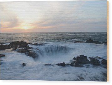 Thor's Well Wood Print by Craig Ratcliffe
