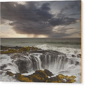Thor's Well Wood Print by Keith Kapple