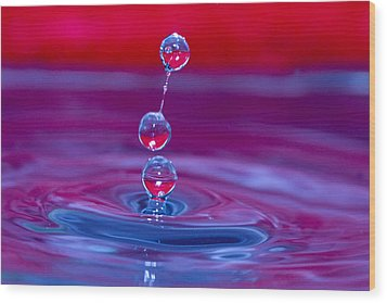 Three Tier Waterdrops Wood Print by Trudy Wilkerson