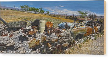 Thunder Mountain Indian Monument - Great Wall Wood Print by Gregory Dyer