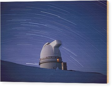 Time-exposure Of The Mauna Kea Wood Print by Robert Madden