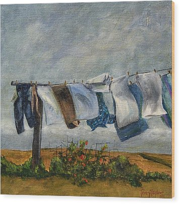 Time To Take In The Laundry Wood Print