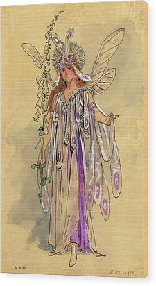 Titania Queen Of The Fairies A Midsummer Night's Dream Wood Print by C Wilhelm