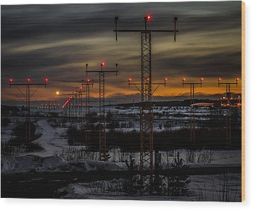 Wood Print featuring the photograph TMP by Matti Ollikainen