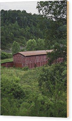 Tobacco Barn From Afar Wood Print by Douglas Barnett
