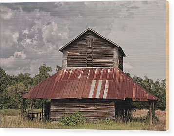 Tobacco Barn On Stormy Day Wood Print by Sandra Anderson
