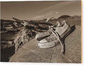 Wood Print featuring the photograph Toes In The Sand by Randy Wood