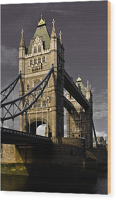 Tower Bridge Wood Print by David Pyatt