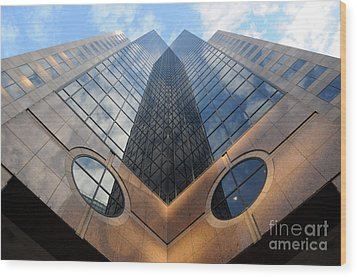 Towering Modern Skyscraper In Downtown Wood Print by Gary Whitton