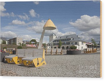 Town Square In Rakvere Wood Print by Jaak Nilson