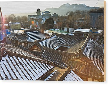 Traditional Tiled Roof Wood Print by SJ. Kim