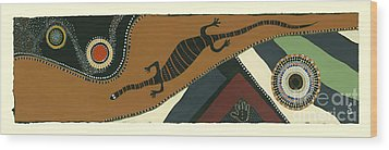 Traveling Goanna Wood Print by Pat Saunders-White