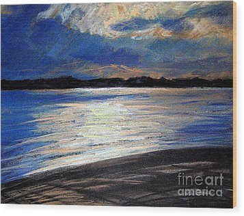 Traverse Bay Wood Print by Lisa Dionne
