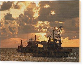 Trawlers  Wood Print