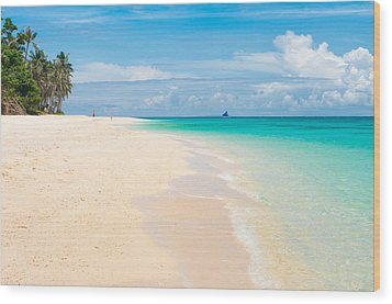 Wood Print featuring the photograph Tropical Beach by Hans Engbers