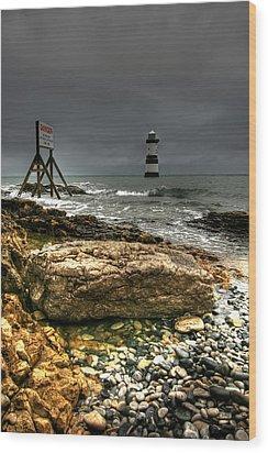 Trwyn Du Lighthouse Wood Print by Adrian Evans