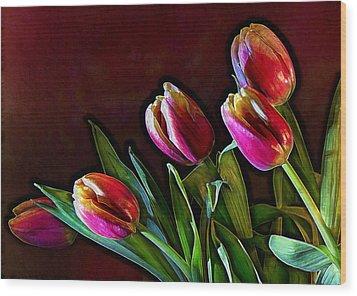 Tulip Traced Incandescence Wood Print by Bill Tiepelman