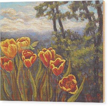 Tulip Vista Wood Print
