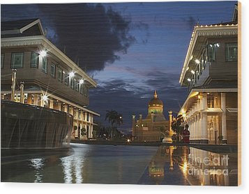 Wood Print featuring the pyrography Twilight In Brunei  by Gary Bridger
