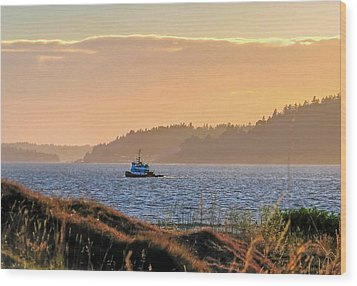 Twilight Tug -chambers Bay Golf Course Wood Print