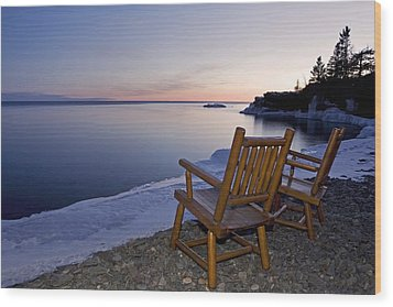 Two Chairs At Waters Edge Looking Out Wood Print by Susan Dykstra