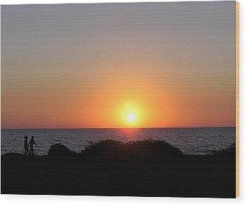 Two Lovers Sunset Beach Walk Wood Print