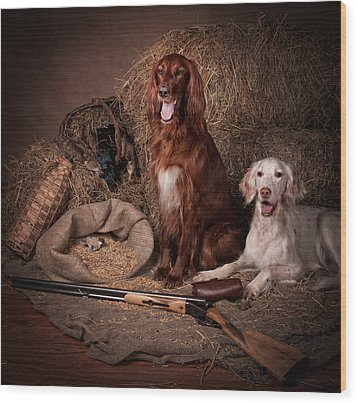 Two Setters With The Gun... Wood Print by Tanya Kozlovsky