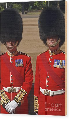 Two Warrant Officers Of The Irish Wood Print by Andrew Chittock