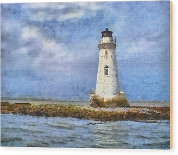 Tybee Island Lighthouse Wood Print by Lynne Jenkins
