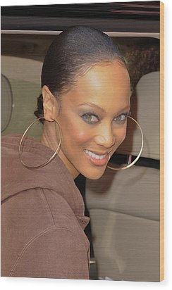 Tyra Banks, Leaves The Wendy Williams Wood Print by Everett