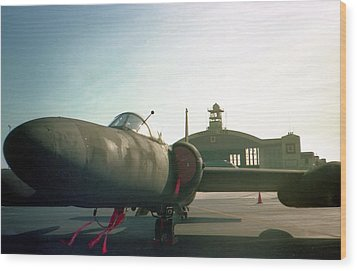 U2 At Macdill Afb Wood Print by Lynnette Johns