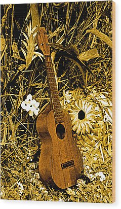 Uncle Luthers Ukulele  Wood Print by Randy Sylvia