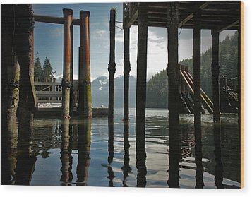 Under The Dock Wood Print by Janet Kearns