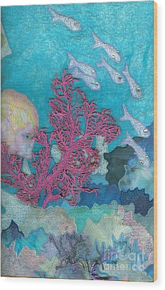 Underwater Splendor I Wood Print by Denise Hoag