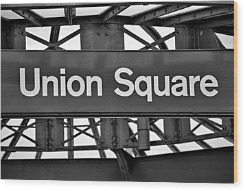 Union Square  Wood Print by Susan Candelario