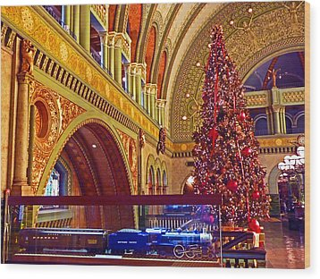 Wood Print featuring the photograph Union Station Christmas by William Fields