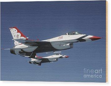 U.s. Air Force F-16 Thunderbirds Wood Print by Stocktrek Images