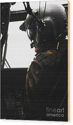 U.s. Army Officer Speaks To A Pilot Wood Print by Stocktrek Images