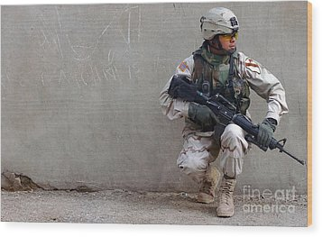 U.s. Army Soldier Armed With A 5.56mm Wood Print by Stocktrek Images