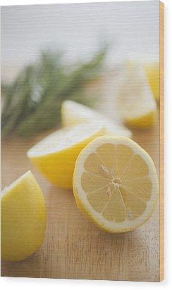 Usa, New Jersey, Jersey City, Lemon On Chopping Board Wood Print