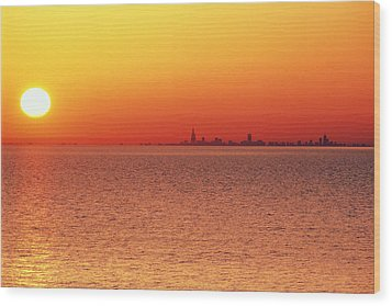 Usa,chicago,lake Michigan,orange Sunset,city Skyline In Distance Wood Print by Frank Cezus