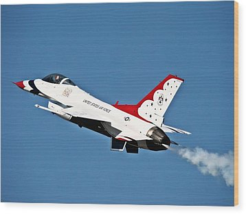 Usaf Thunderbird F-16 Wood Print by Nick Kloepping