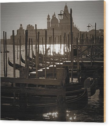 Venezia Wood Print by Joana Kruse