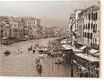 Venice Vintage Wood Print by Holger Ostwald