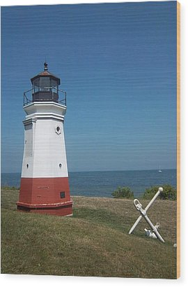 Vermillion Ohio Lighthouse Wood Print by Gordon Wendling