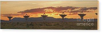 Very Large Array At Sunset Wood Print by Matt Tilghman