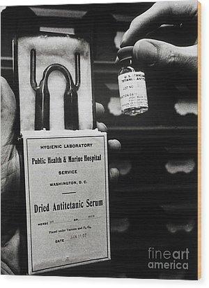 Vials Of Tetanus Antitoxin Wood Print by Science Source